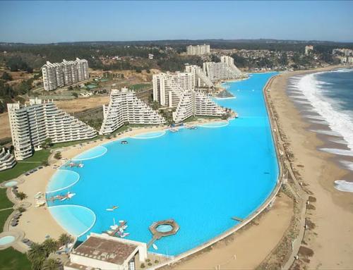 7 най-необичайни басейна в света